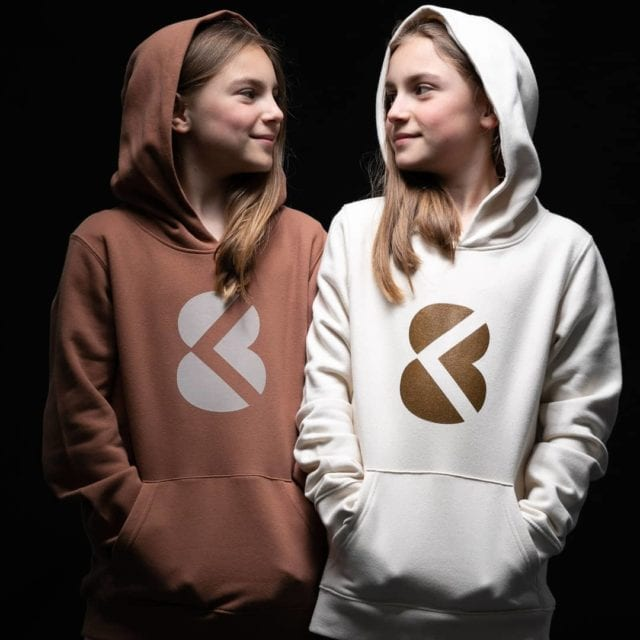 In a world where everything has a price, there is a wealth that will give us an acces to hapiness, such as, friendship, sharing, complicity of a pure love..  Kick8 kids collection Real  Available soon on our website 🌐 Kick8.com #markyourtime #streetwear #familly  #kids #love #markyourtime #madeinbelgium